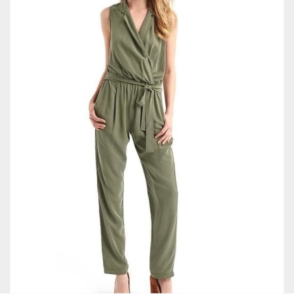 11ec0623e14 GAP Green Olive Army Crossover Jumpsuit Pantsuit S. NWT